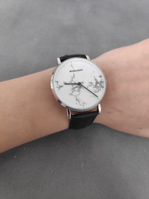 Часы с мраморным таблом