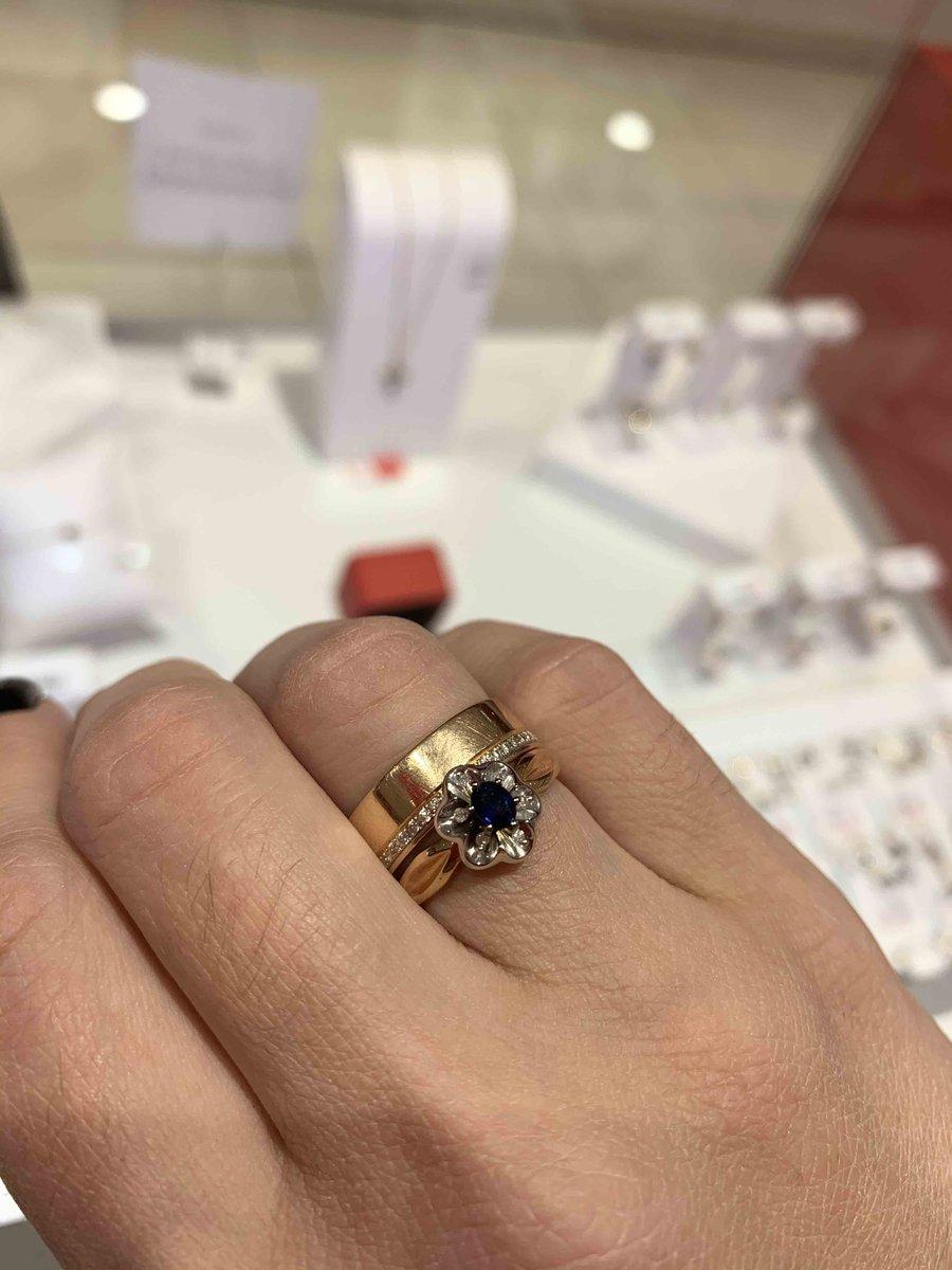 Изящное, шикарное кольцо