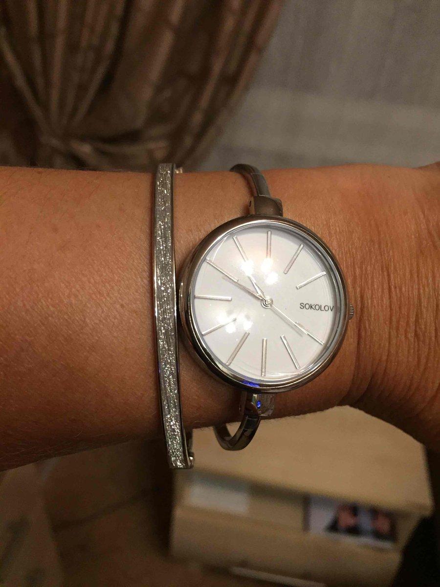 Часы очень женственные!