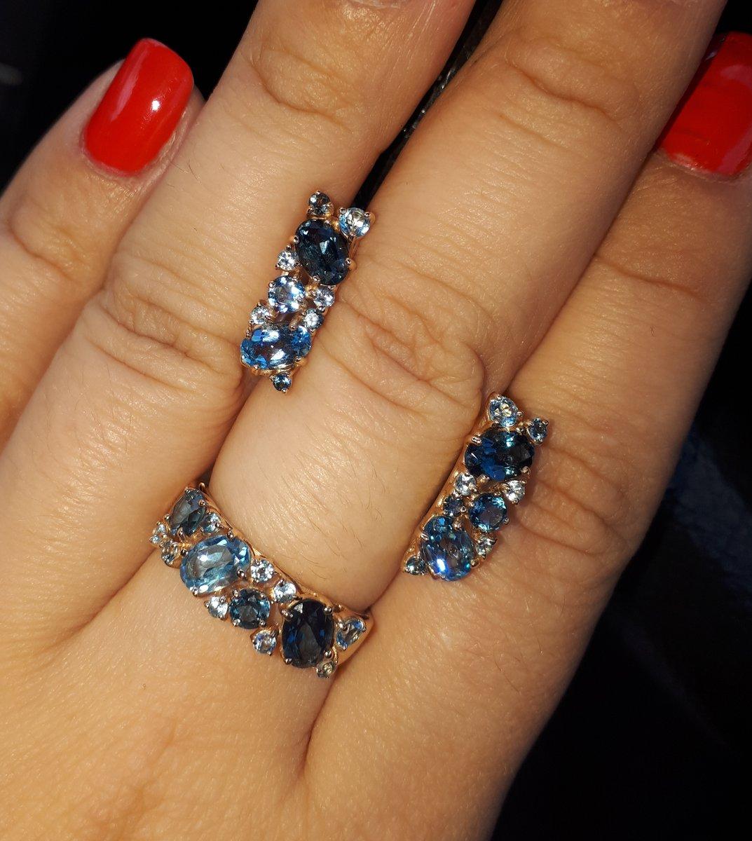Серьги и кольцо с топазами
