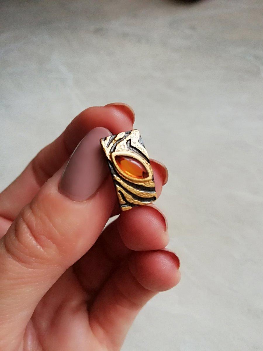 Серебрянные серьги с янтарем.