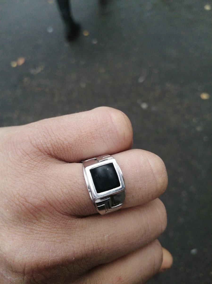 Серебреное кольцо с фианитом