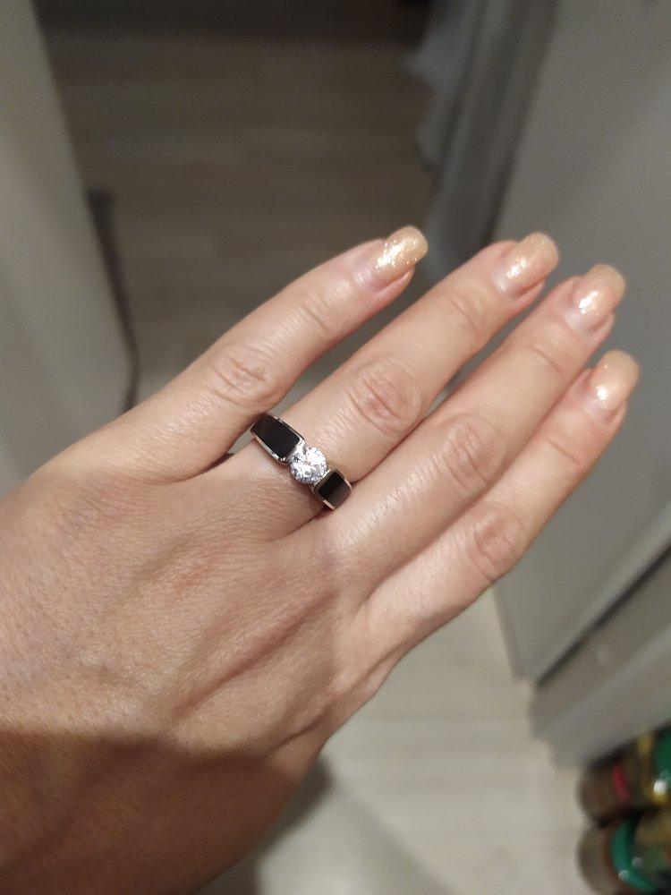 Кольцо с фианитом и эмалью