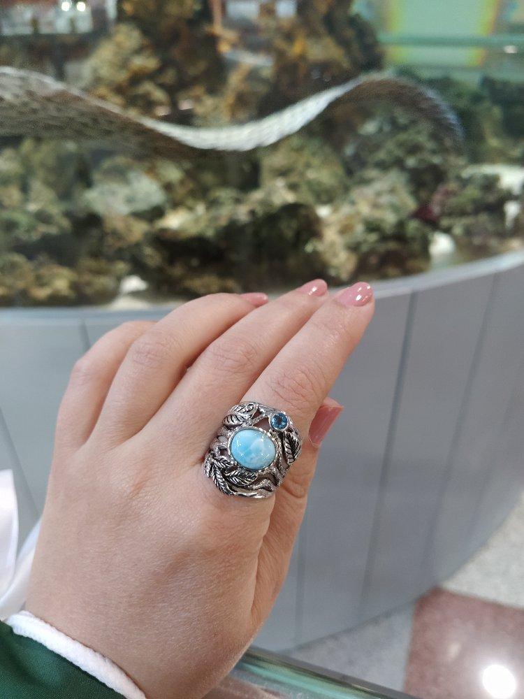 Красивое кольцо с ларимаром