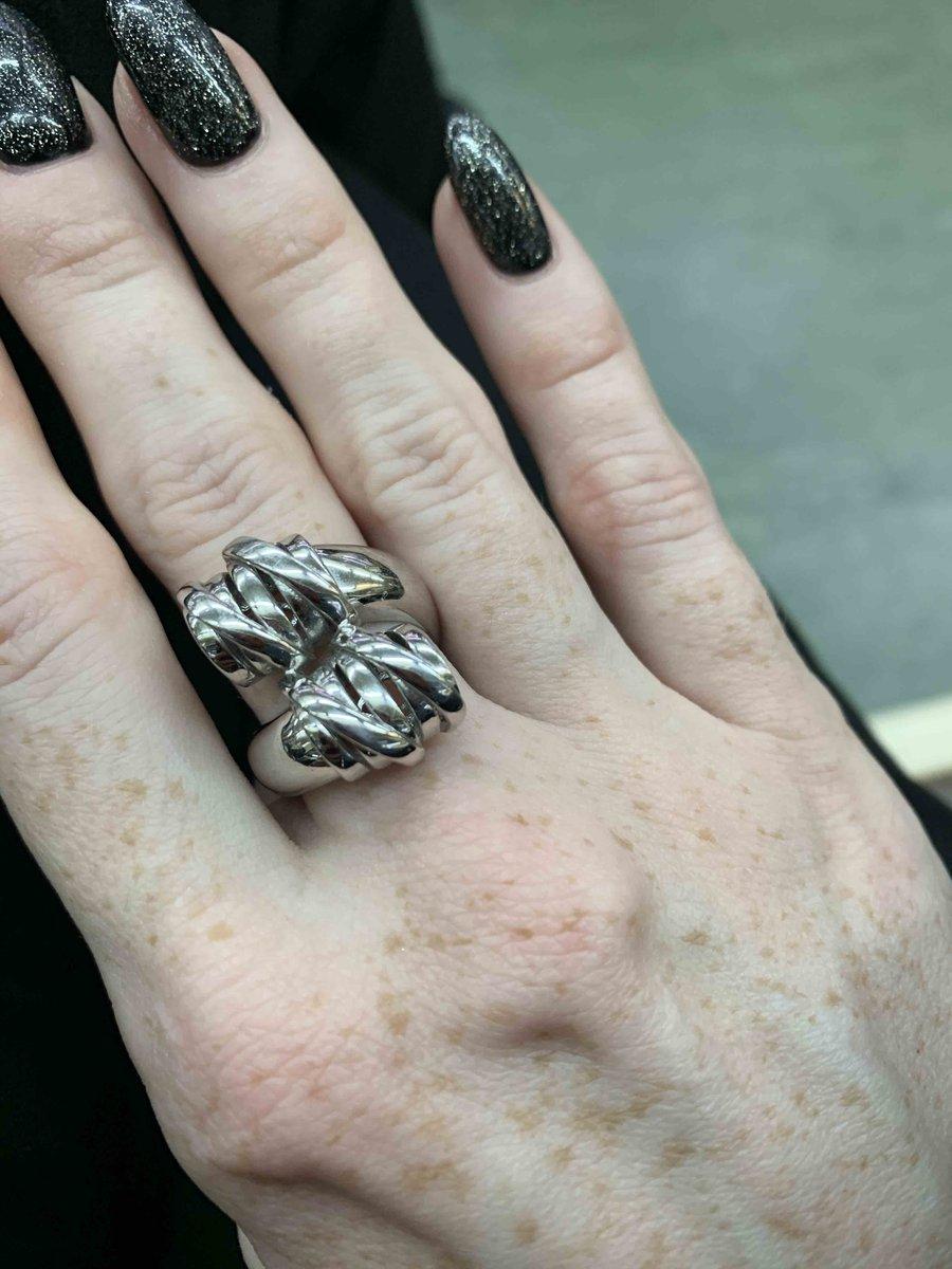 Очень красивое кольцо! рекомендую!