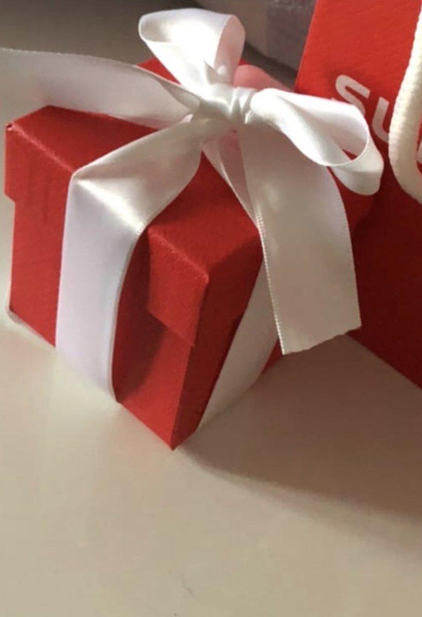 Подарок молодому человеку