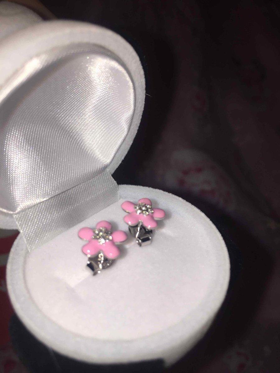 Нежные сережки для принцессы!