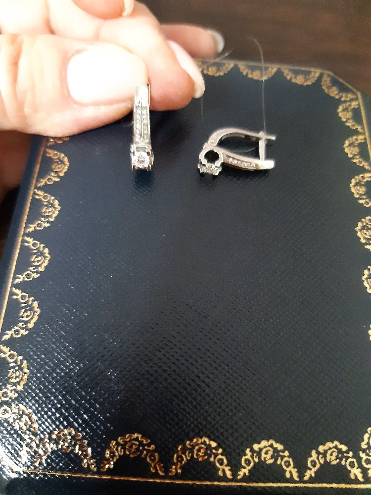 Серьги с бриллиантами в белом золоте, для дочки на юбилей.