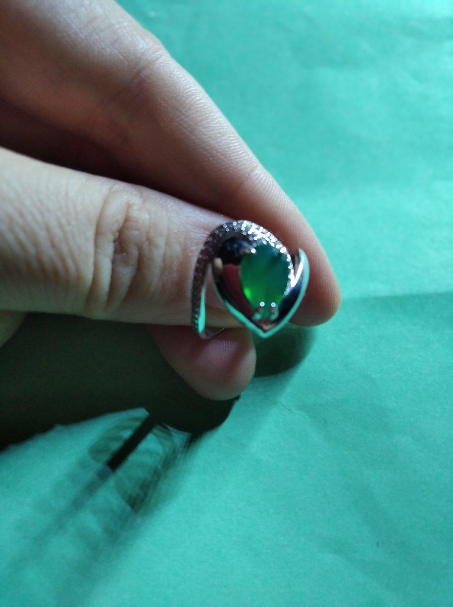 Кольцо очень красивое и необыкновенное.