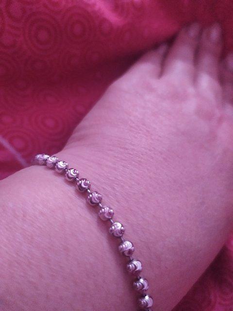 Покупкой довольна. браслет замечательный!!!!