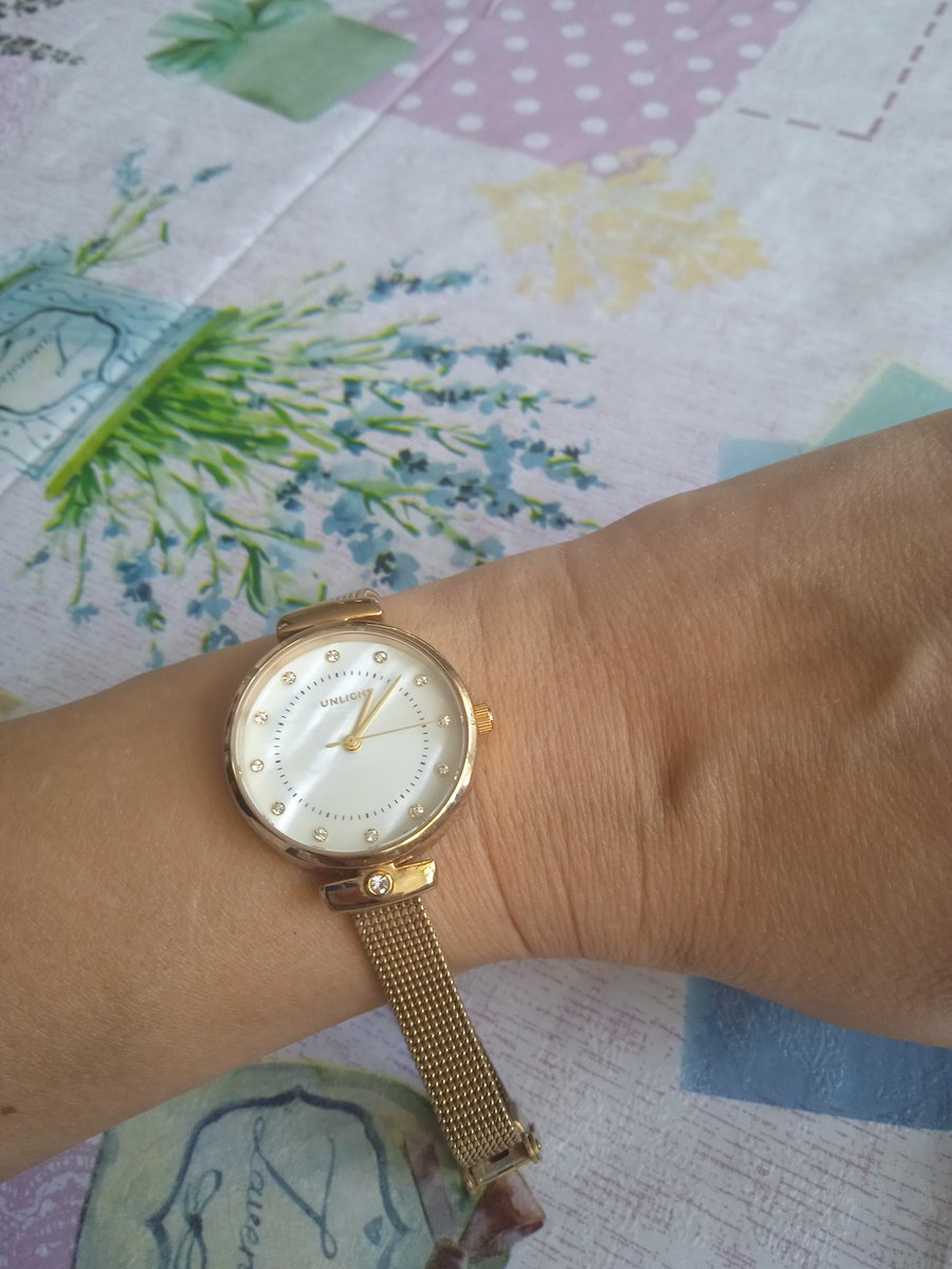 Часы  unlight