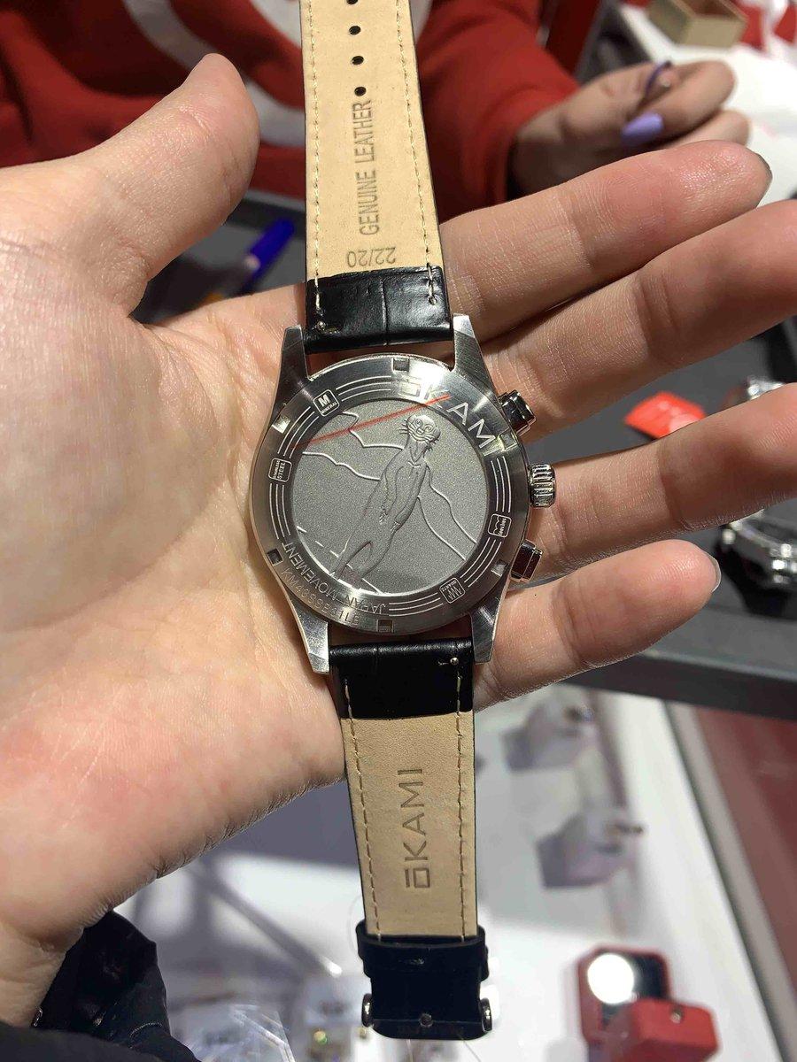 Отличные мужские часы..
