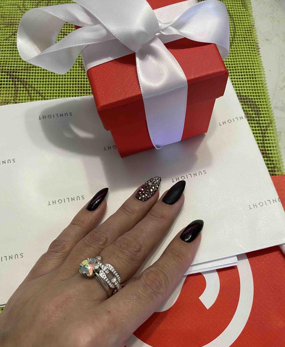 Шикарное кольцо на каждый день
