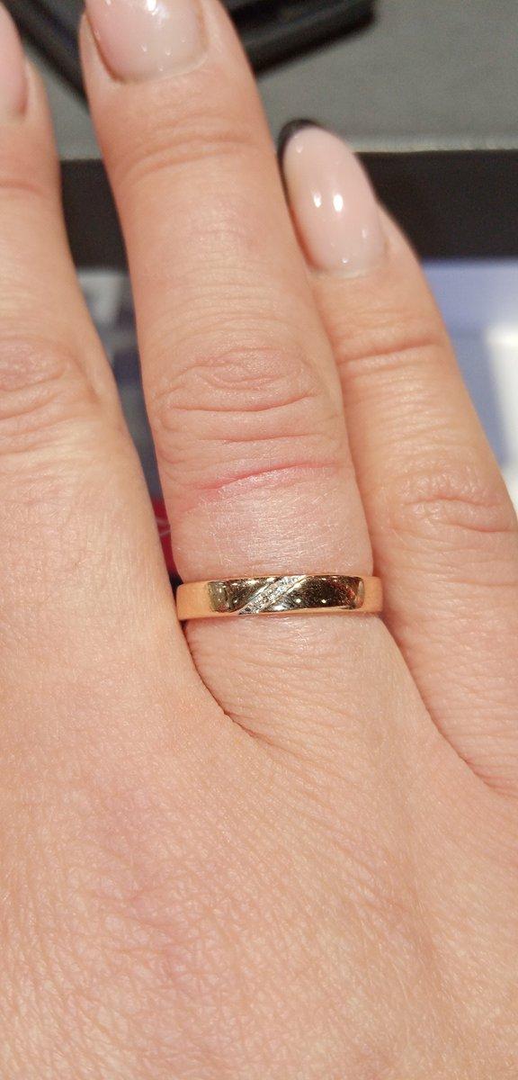 Отличное кольцо, цена просто космос