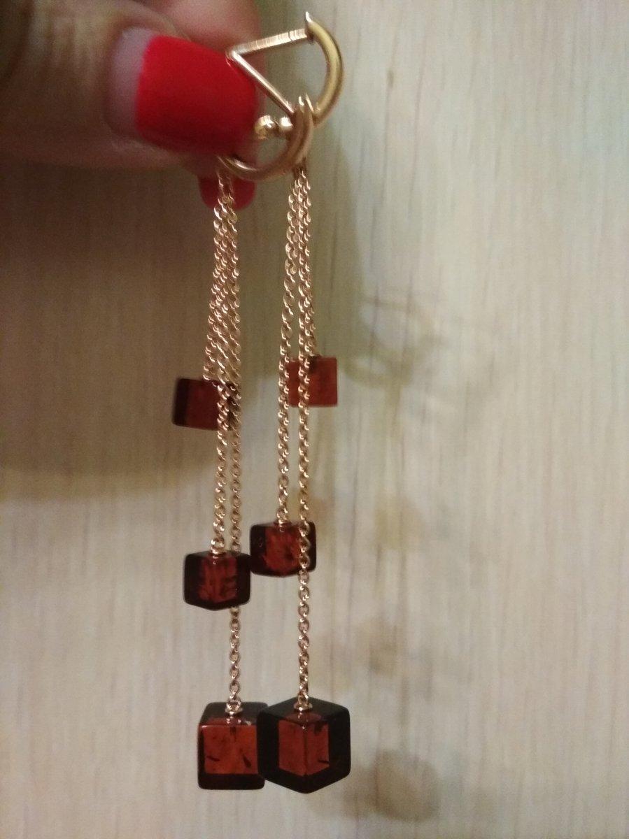 Серебряные серьги с янтарем.
