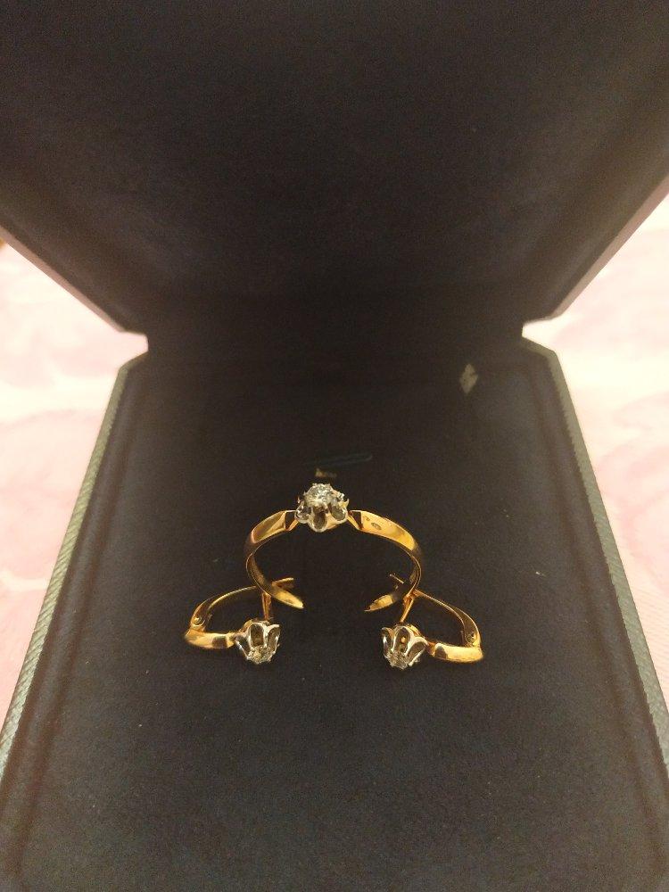 Комплект с бриллиантами: серьги и кольцо