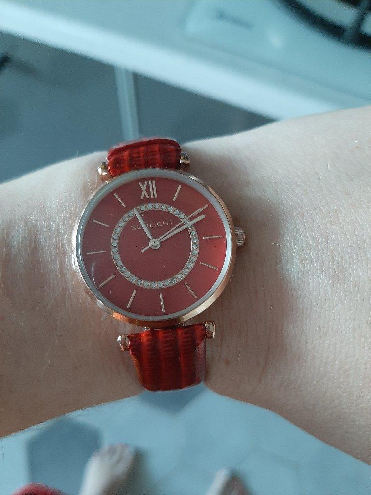 Часики в подарок)