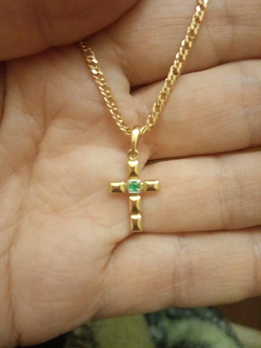 Это самый прекраснейший крестик.... супер украшение...