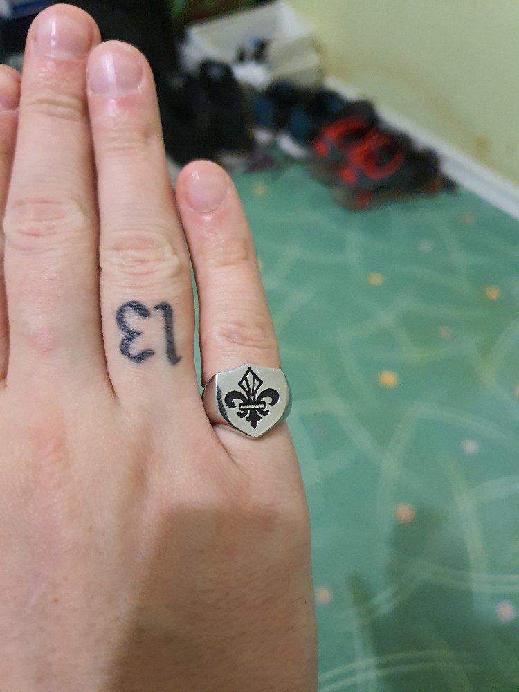Перстень с геральдической лилией