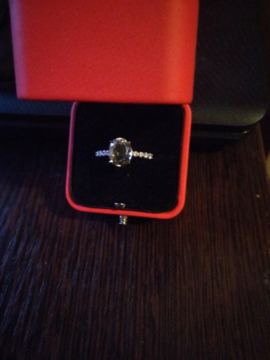 Золотое кольцо 19см.с празиолитом.