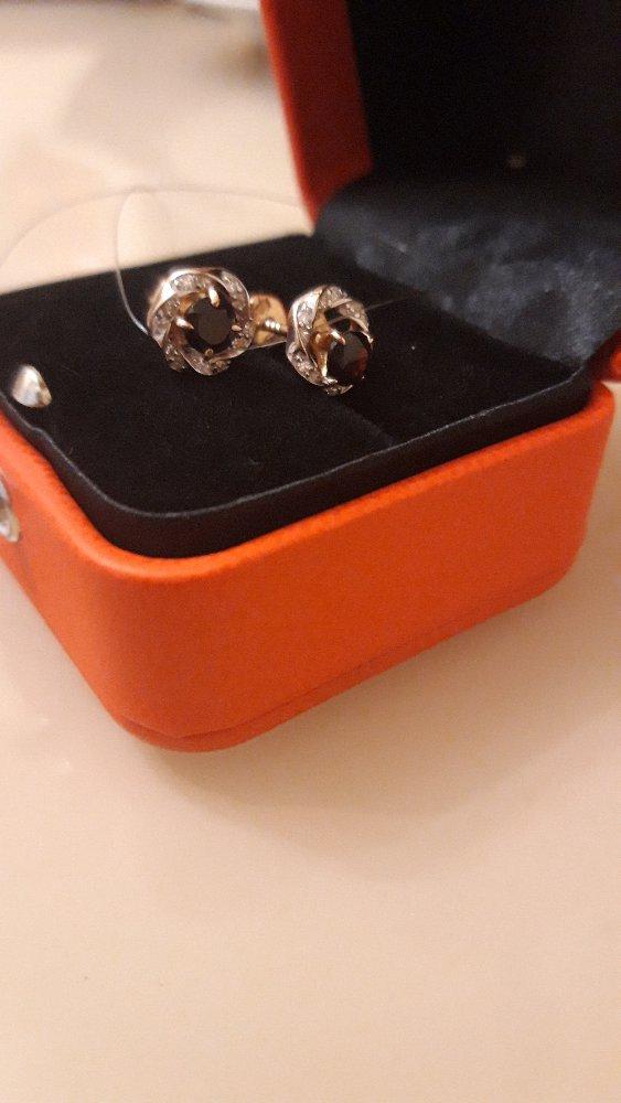 Серьги золотые с натуральным гранатом и бриллиантами