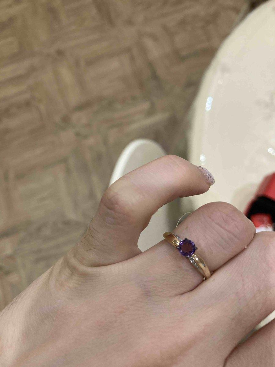 Классное кольцо с красивым аметистом и брилликами