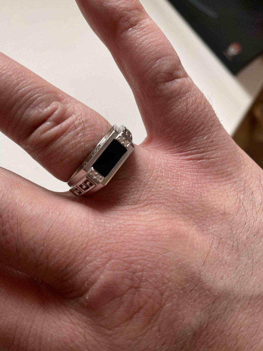 Мужское стоящее кольцо