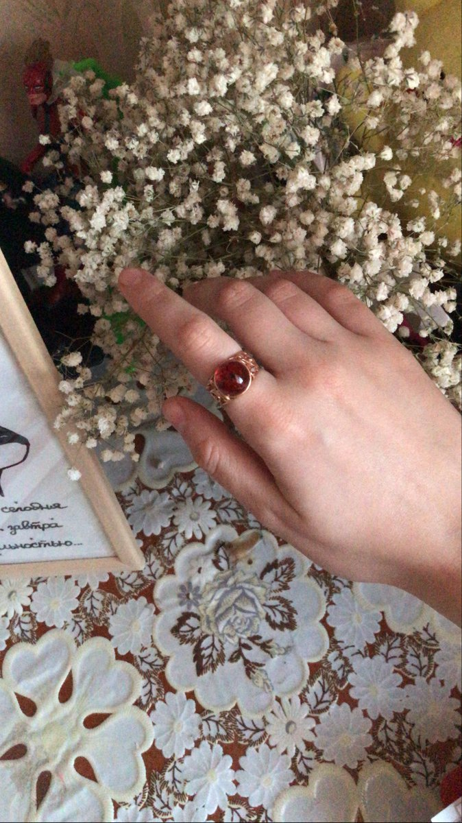Кольцо серебрянное с янтарем