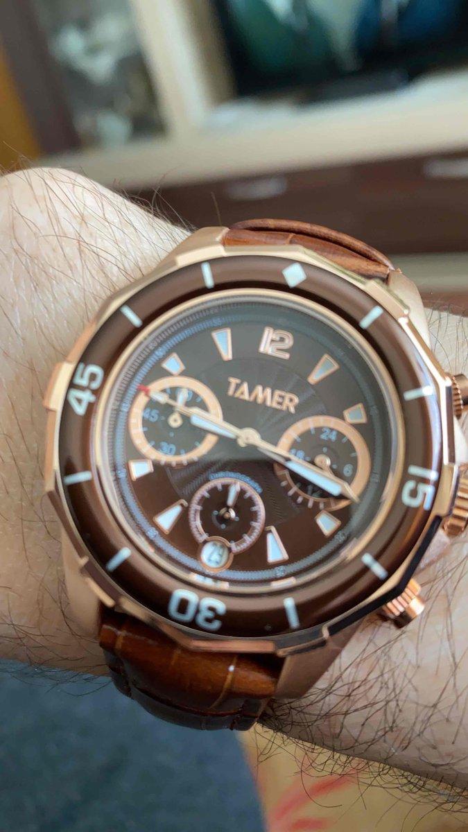 Красивые часы - это важный аксессуар для мужчин! дамы сразу на него смотрят