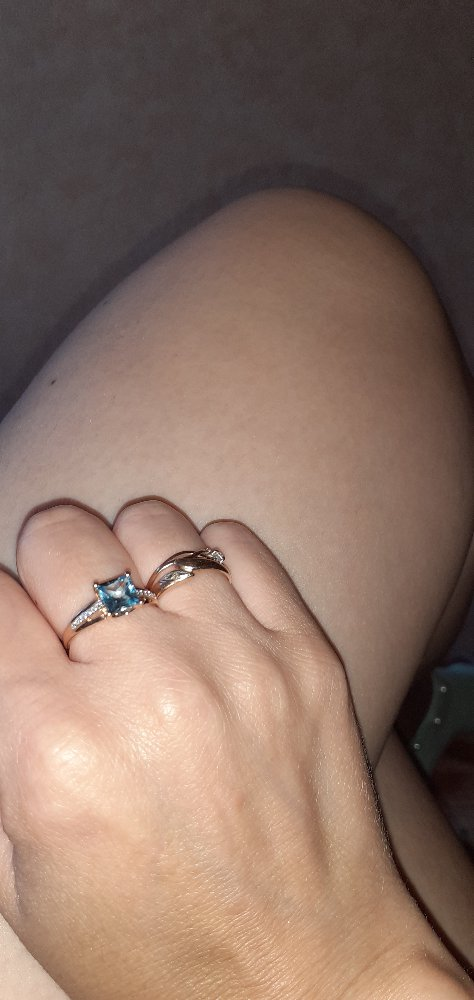 Кольцо с топазом и 12 бриллиантами