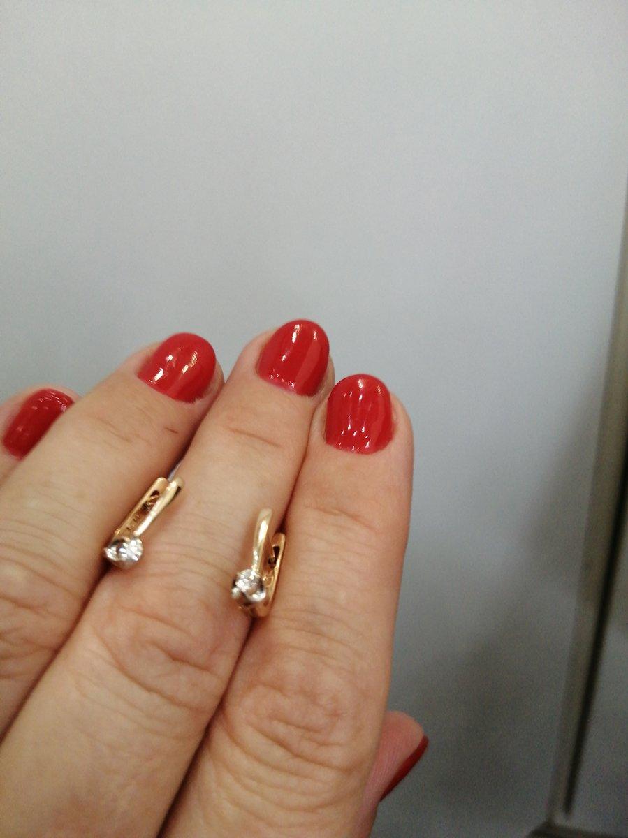 Замечательные серьги с бриллиантами!
