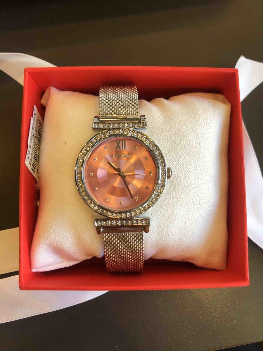 Купила часы для подарка💫