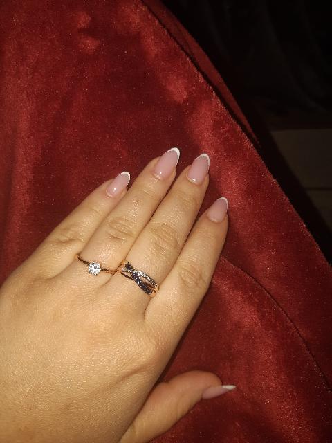 По моему мнению, необычайной красоты кольцо .