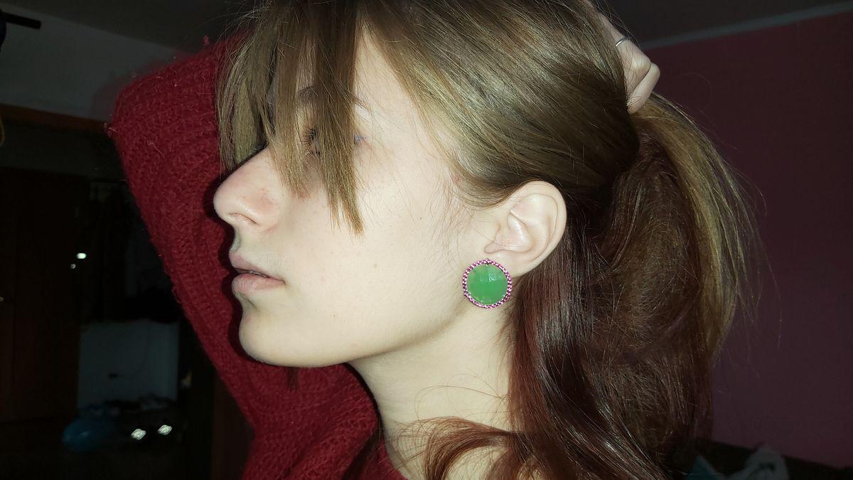 Серёжки зеленые