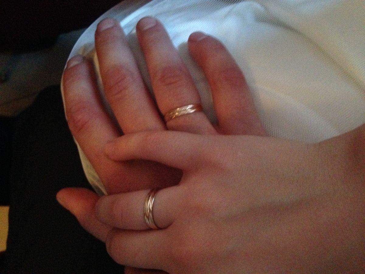 Мое любимое обручальное кольцо.