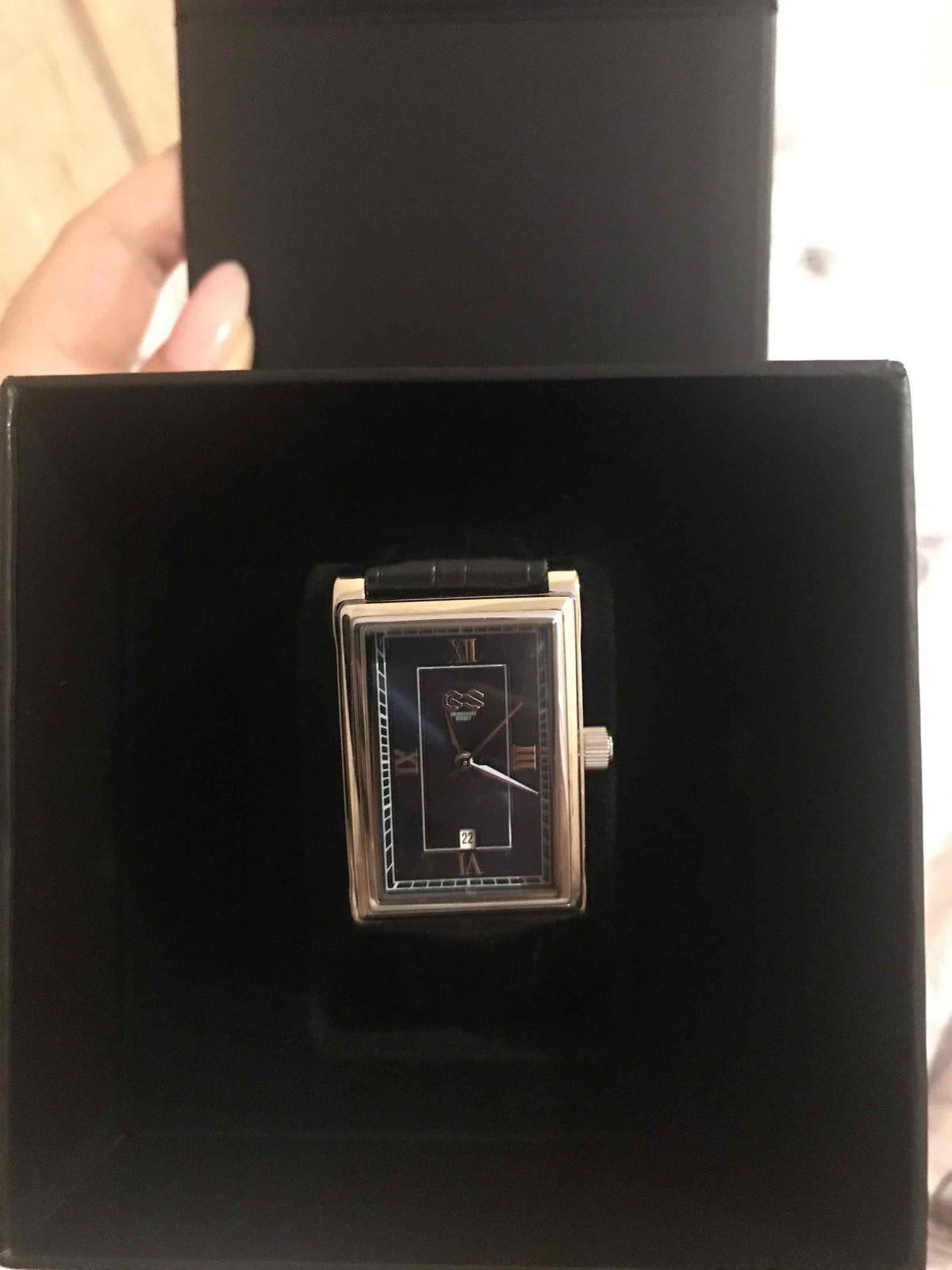 Здравствуйте! купила часы в подарок своему парню, очень понравились 🤩🙌🏼