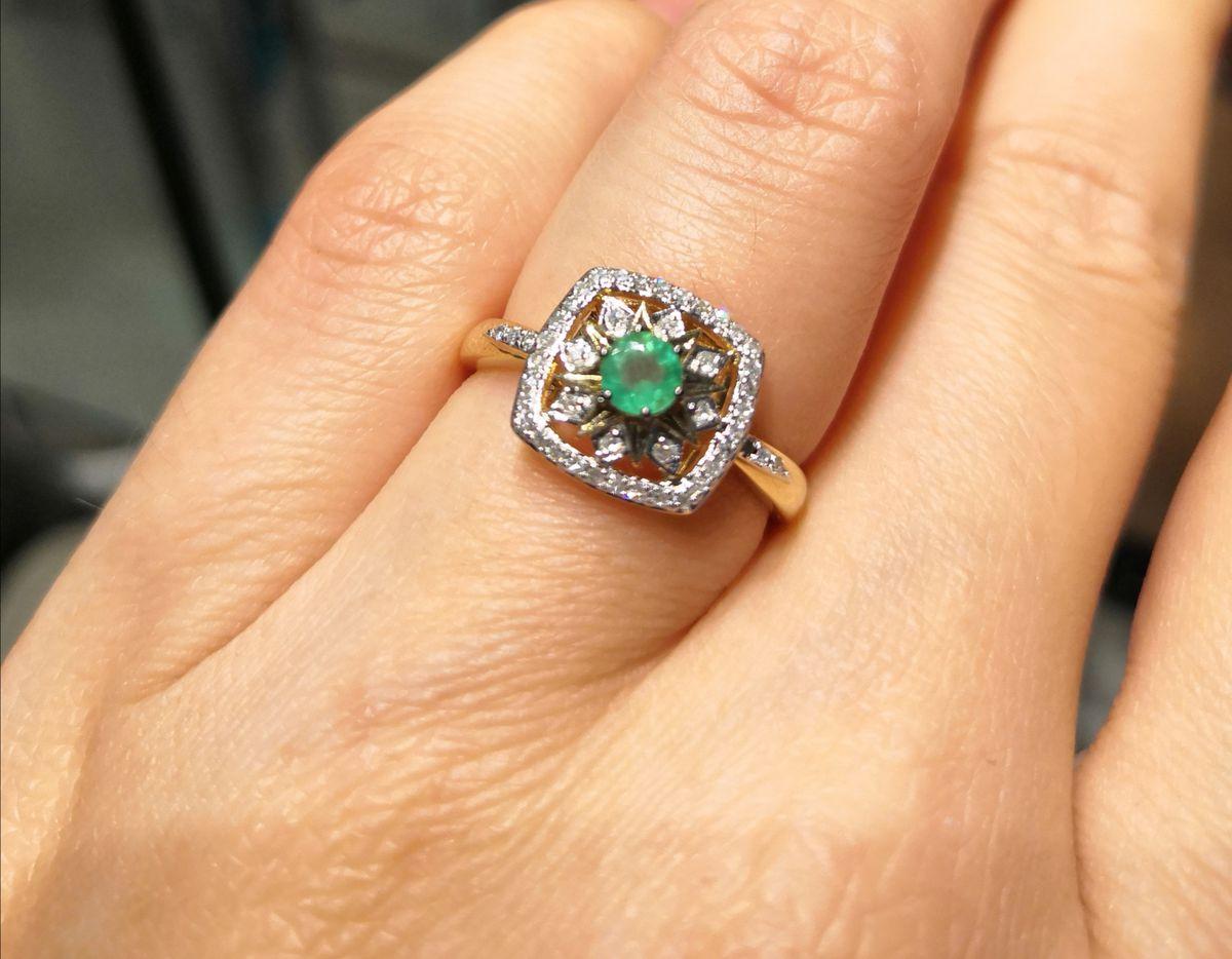 Советую кольцо и сережки💍