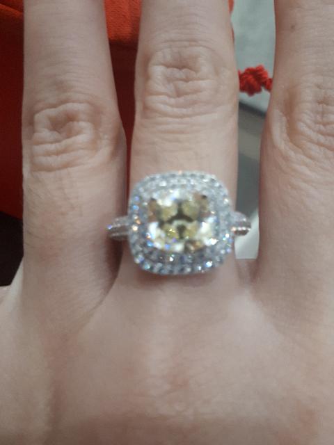 Кольцо-прелесть !