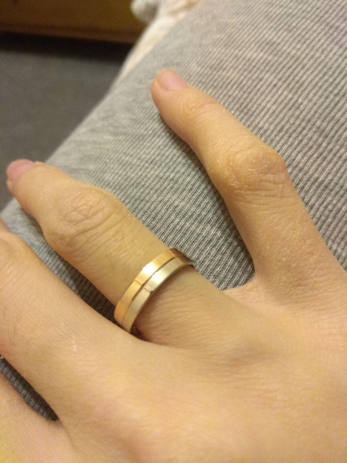 У нас с мужем теперь похожие кольца