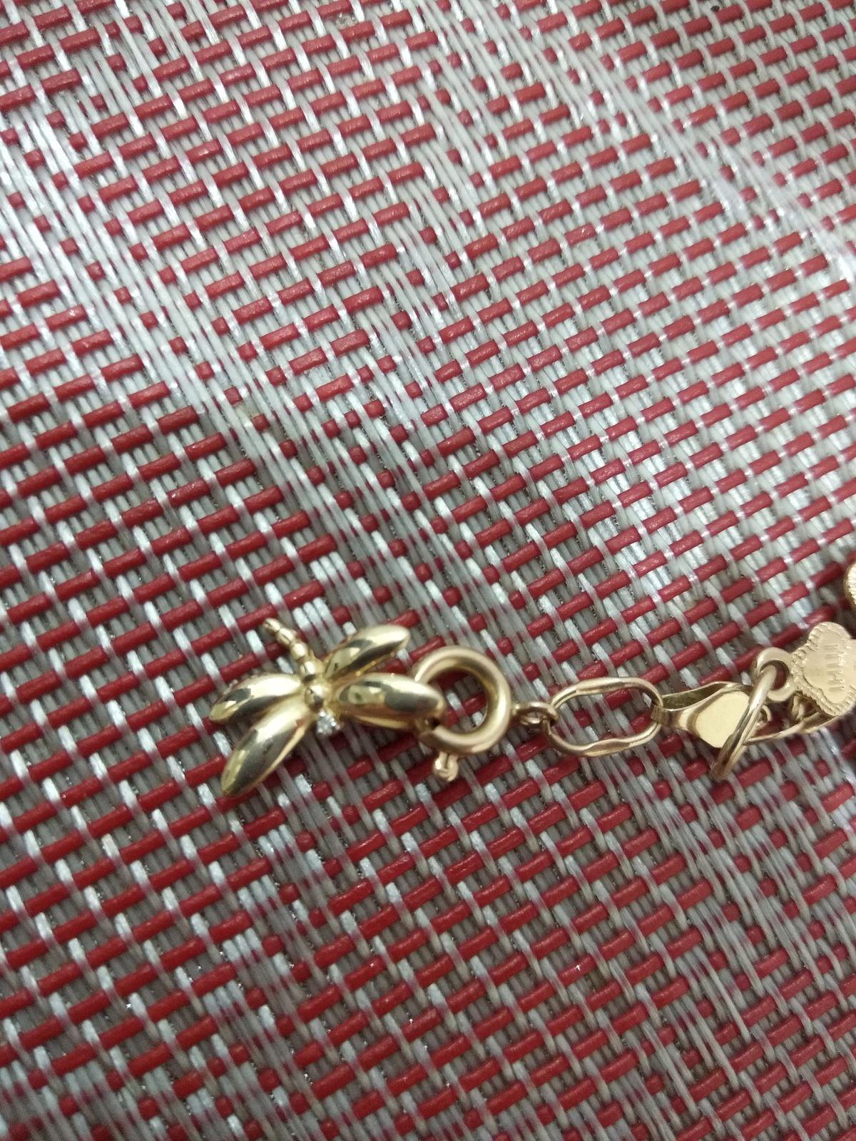 Золотая подвеска стрекоза с бриллиантом
