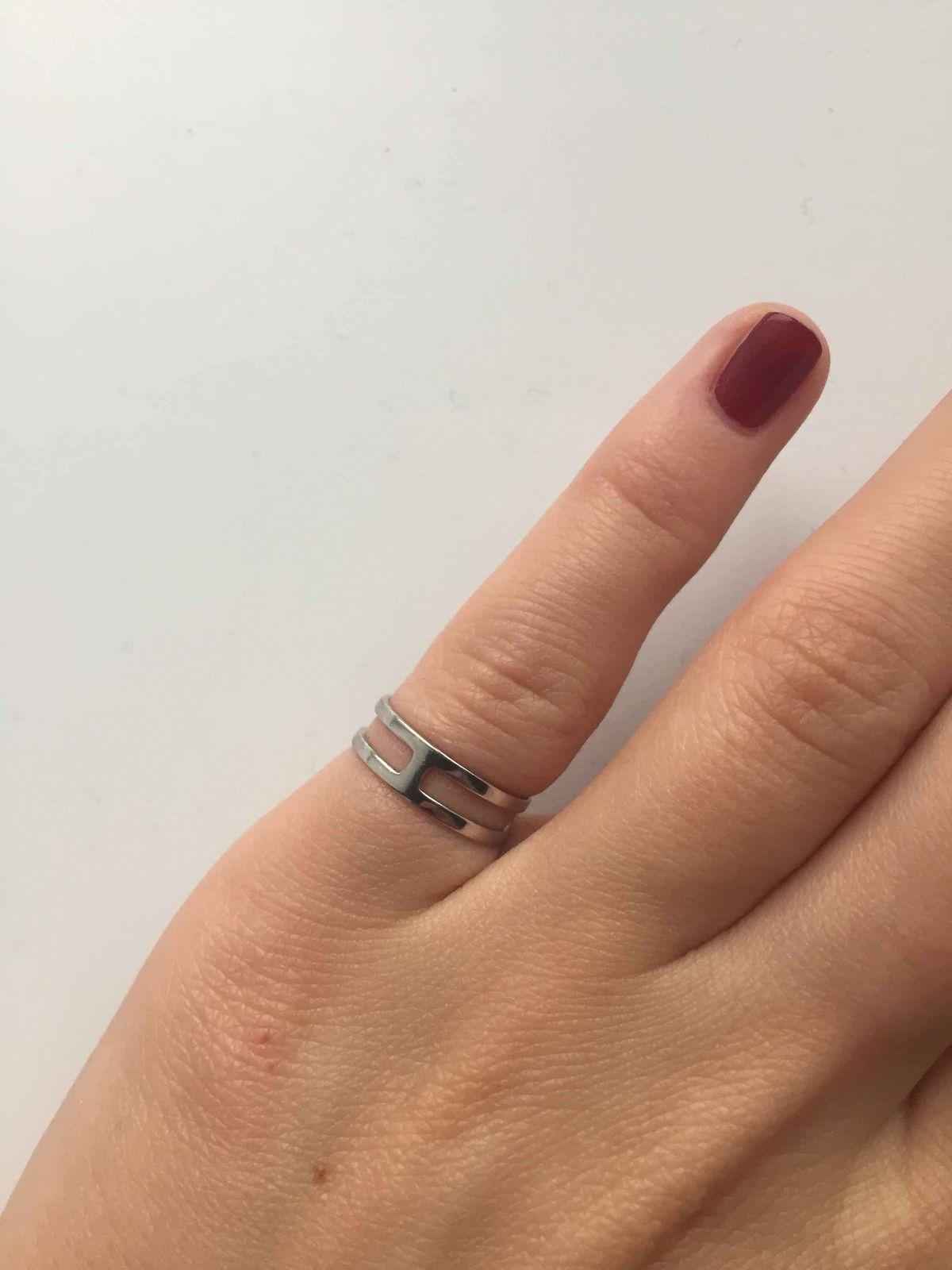 Отличное кольцо на мизинец и фалангу!