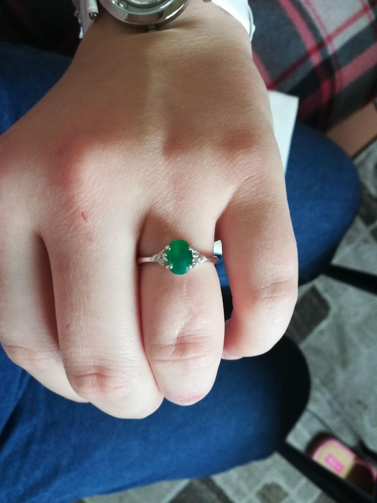 Невероятное кольцо с натуральным камнем!