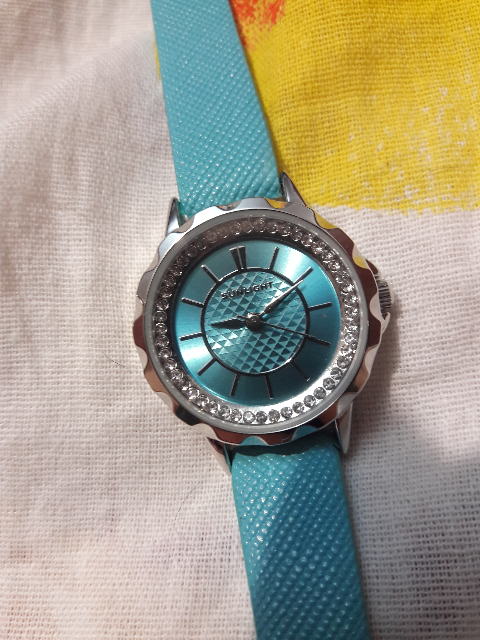 Часы голубенькие