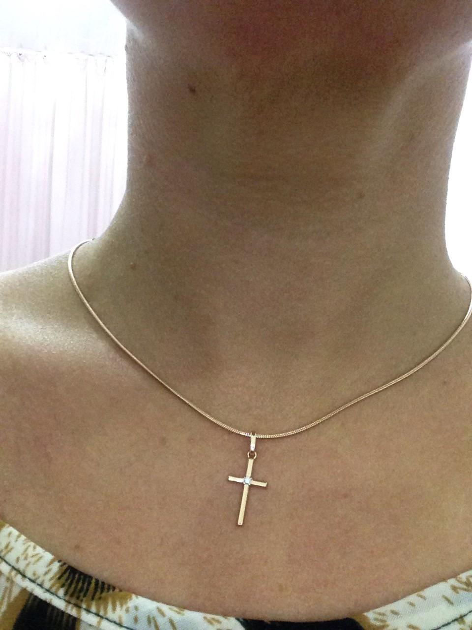 Восхитительный золотой крест