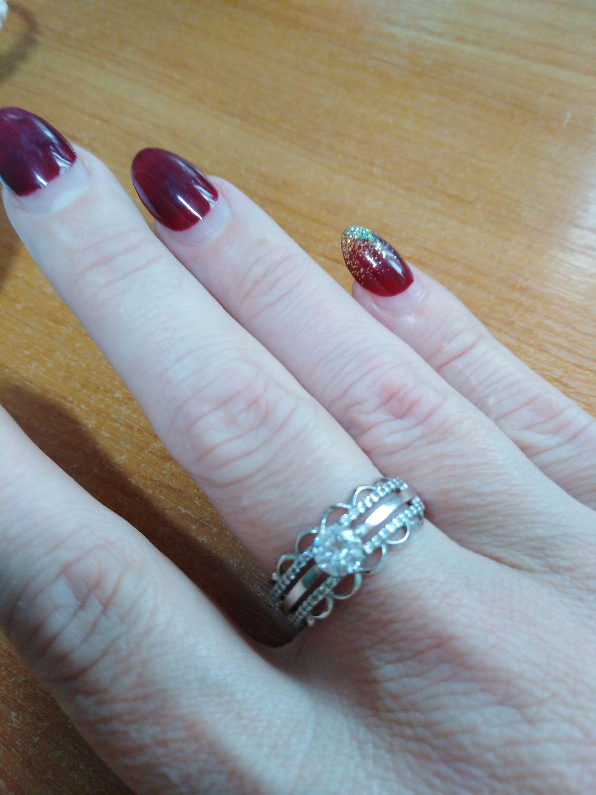 Кольцо серебряное с фианитами Sokolov.