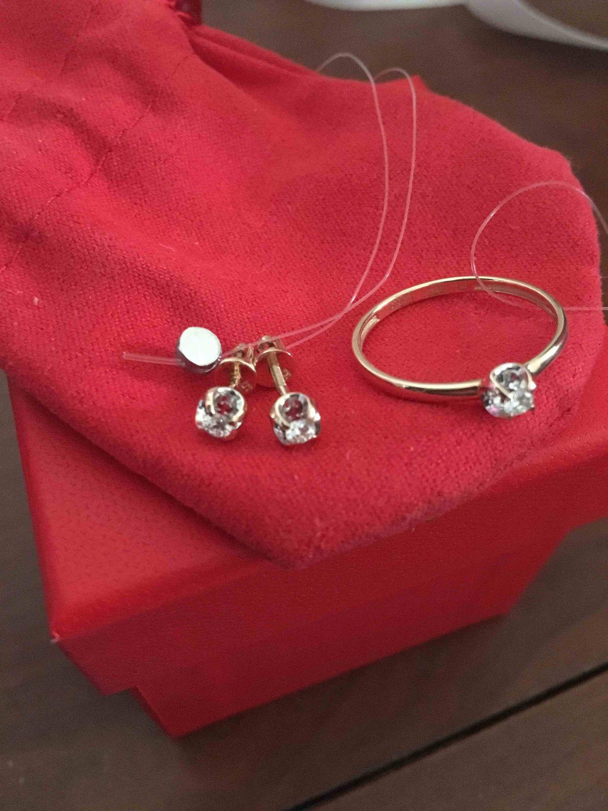 Пуссеты с бриллиантами
