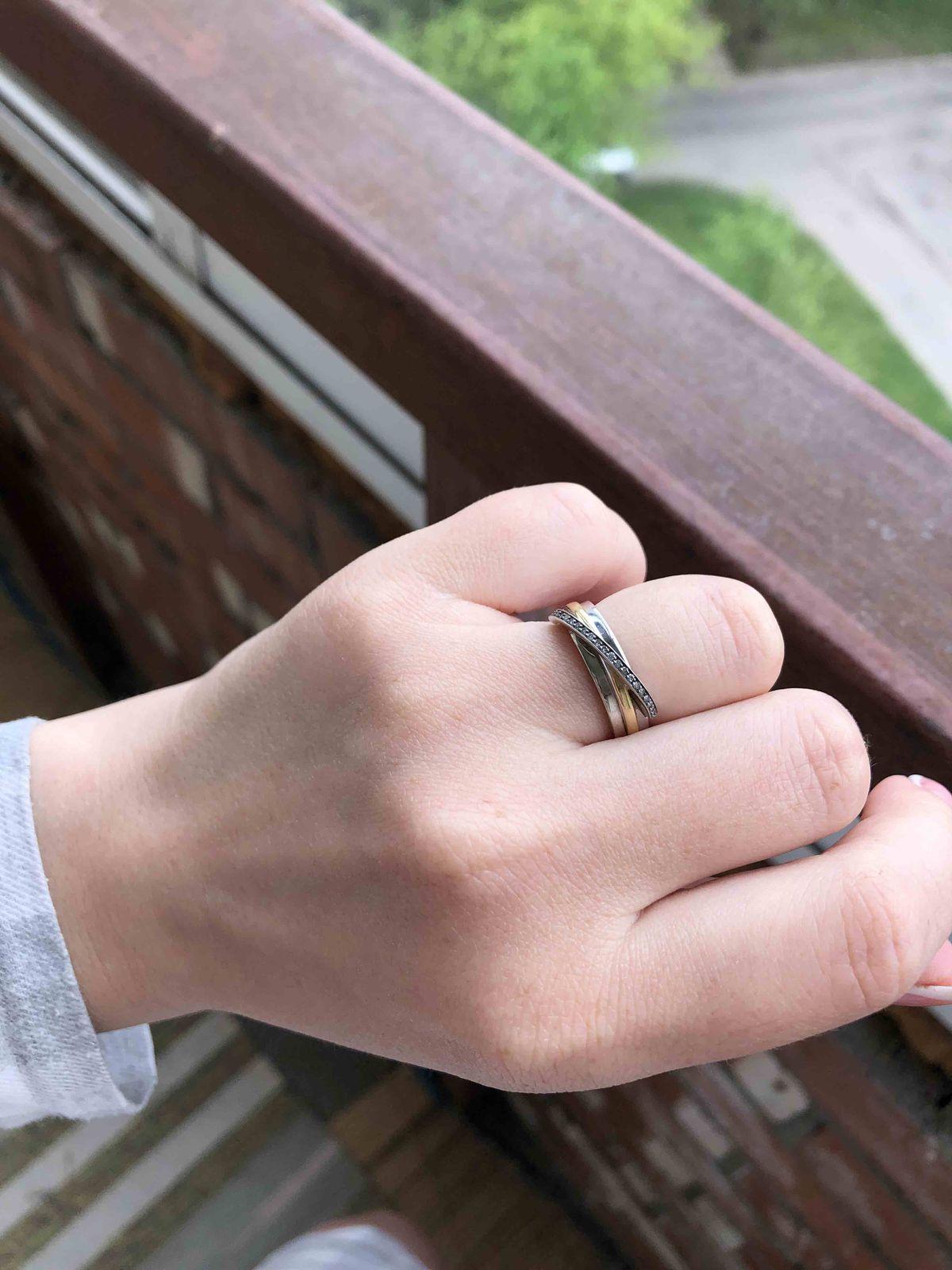 От кольца неприятные впечатления