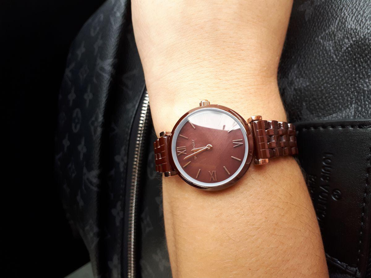 Часы очень красивые) Женственные🤗😍😍😍