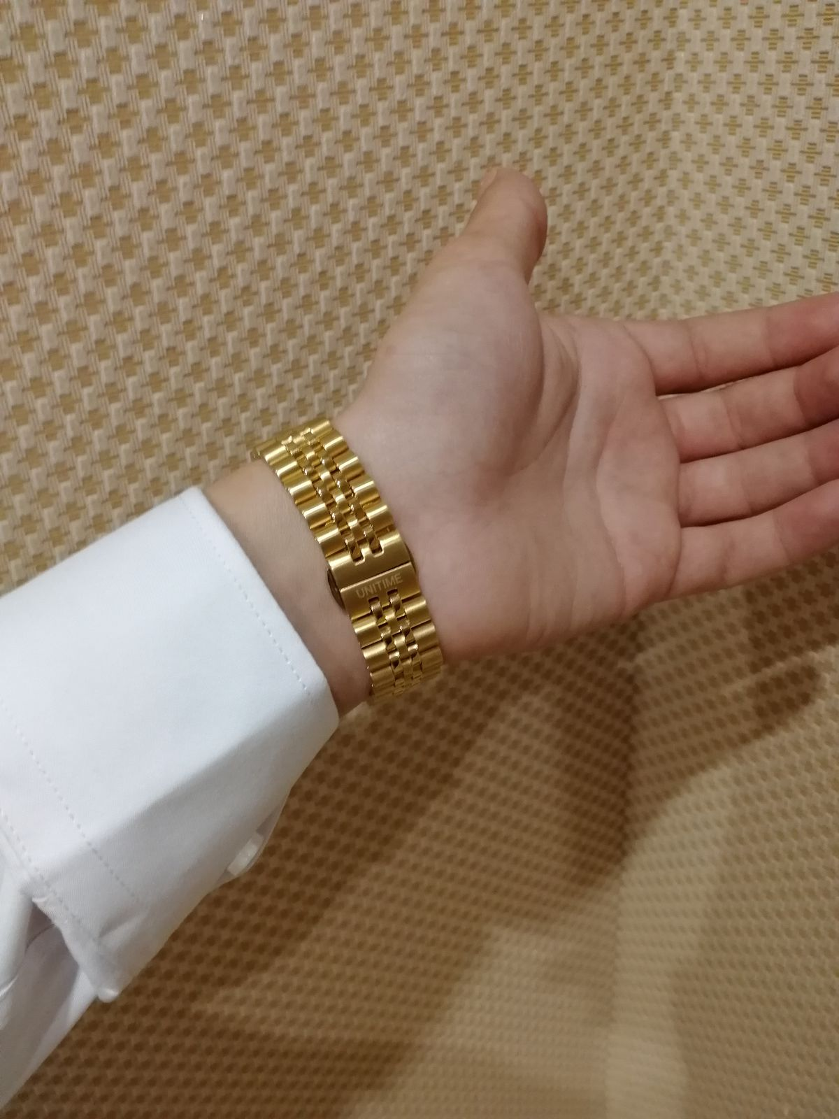 Классные часы для повседневного ношения