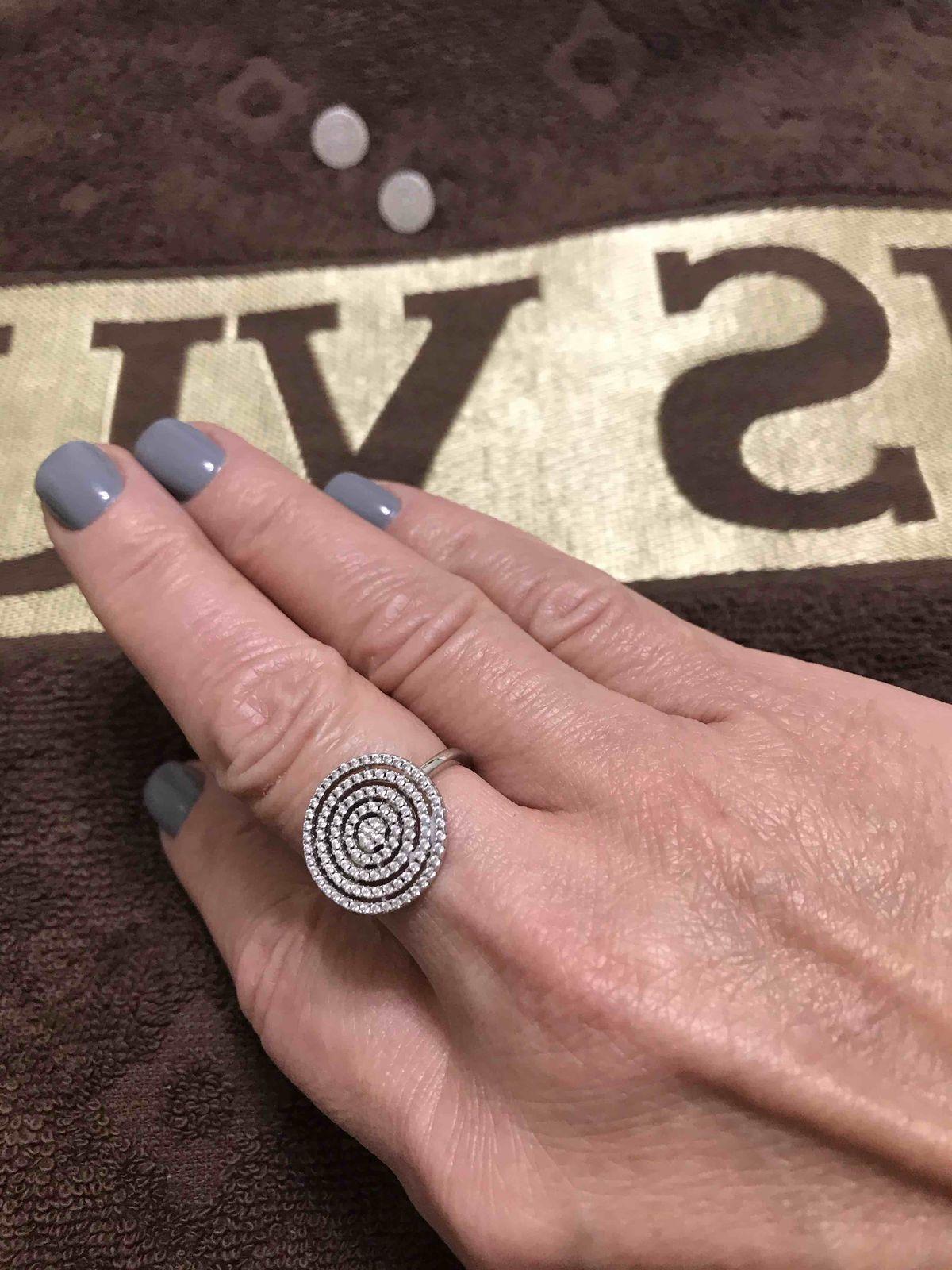Серебряное колечко «монетка» с фианитами